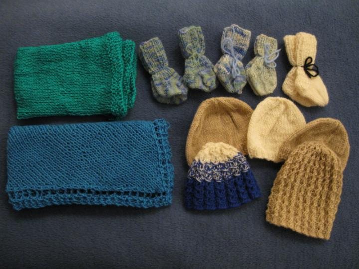 All preemie knits 2009