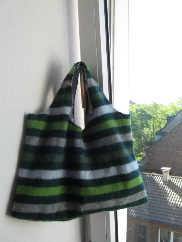 Sweater bag